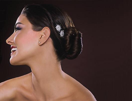 модная свадебная прическа 2010